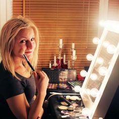 Makeup mirror CHLOE - classic white | SMINKSPEGEL.SE