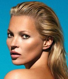 Kate Moss is a fan of fake tan staple St Tropez. Kate Moss, Fake Tan, Beautiful Perfume, Makeup Inspiration, Hair Makeup, Handsome, Celebrities, Beauty, Celebrity Women