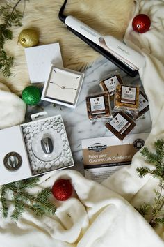 Christmas is right around the corner! Check out our latest #BabbleboxxHoliday guide for giftspiration #HolidayShopping