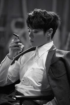 Eddy Kim...check out his song...apologize.. great .