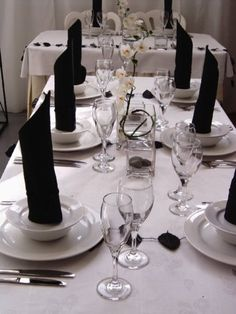 black and white place settings make for an elegant meal #whbm #feelbeautiful
