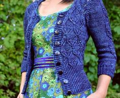 """pamelatutu: """" cardigan knitted by jettshin. Based on this pattern: Dragonflies Jumper by Joji Locatelli """" The Cardigans, Sweaters For Women, Vintage Knitting, Hand Knitting, Crochet Clothes, Knitting Projects, Knit Cardigan, Mantel, Knitwear"""
