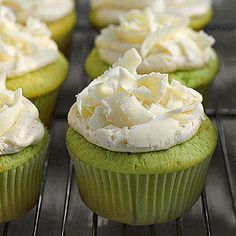Pistachio cupcakes ~ great for St. Patrick's Day