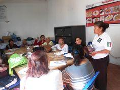 Reciben Adultos Mayores del municipio de Tetla de la Solidaridad, Talleres Domésticos.    •         El objetivo es brindar las herramientas necesarias para que las y los adultos elaboren sus propios productos.