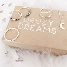 Artemis Dainty Crescent Moon Sterling Silver Necklace – Druzy Dreams