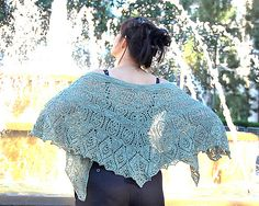 Ravelry: Phryne Fisher's cat's whiskers cape pattern by bunnymuff