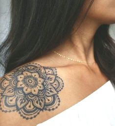 Tattoos Mandala Shoulder Tattoo Shoulder Tattoos for Women Mandala Tattoos For Women, Mandala Tattoo Back, Tattoos For Women Half Sleeve, Mandala Tattoo Design, Henna Tattoo Designs, Mandala Tattoo On Shoulder, Tribal Tattoos For Women, Leg Tattoos, Body Art Tattoos