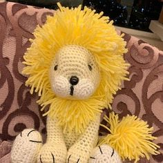 bnaaroma added a photo of their purchase Lion Crochet, Crochet Giraffe Pattern, Crochet Patterns Amigurumi, Crochet Animals, Crochet Toys, Piglet, Patron Crochet, Crochet Granny Square Afghan, Amigurumi Tutorial