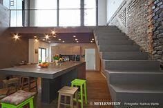 Innenausbau DG Loft / Interior Design Project Residential Loft Umfang /  Scope : Ca. 250 Qm / 2750 SQF Ort / Location : Berlin Kreuzbe.