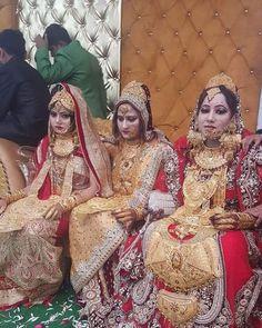 New Makeup Gold Dress Bridesmaid Ideas Indian Wedding Jewelry, Indian Bridal, Bridal Jewelry, Gold Jewellery, Indian Jewelry, India Wedding, Fashion Jewellery, Gold Bridesmaid Dresses, Brides And Bridesmaids
