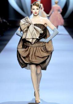 Dior Haute Couture Spring 2011 - Snob Essentials