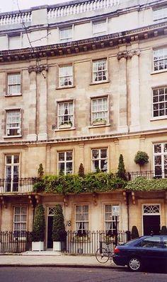 U.K. Fine architecture in Belgravia, London