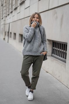 Camille / 4 janvier 2016Knit sweater and joggingKnit sweater and jogging | NOHOLITA