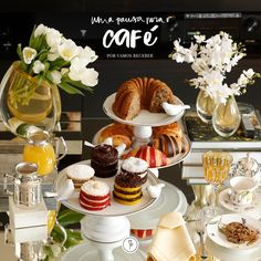 Esta mesa sugere uma pausa para o café com amigos e algumas delícias servidas de forma carinhosa para os nossos convidados!