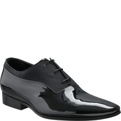 Dior for Men - This elegant Oxford shoe in black patent leather and black canvas may be worn with a dinner jacket.
