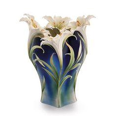 À la claire fontaine: Vases de porcelaine .Designs exclusifs par Franz Collection