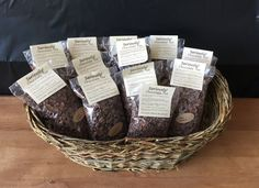Wicker Baskets, Gift Baskets, Real Estate Gifts, Wines, Tea, Chocolate, Decor, Decoration, Decorating