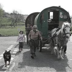 It is generally reckoned that the gypsy caravan, or vardo, with stove and bed, first made its appearance in the mid 1800's. They evolved into richly carved wagons, with large wheels suited to pulling off onto rough ground or crossing fords. The internal design is similar in most types. A double bed takes up the entire width at the far end, opposite the door, with a shorter bed for children underneath.