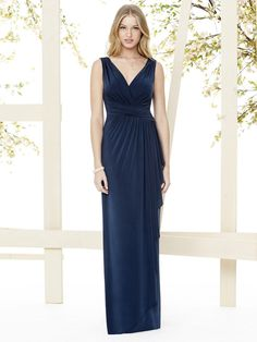 Take a look at this sexy bridesmaids dress in jersey. This Social Bridesmaids dress is available at the Anglo Couture bridesmaids lounge!