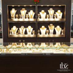 New furniture shop display beautiful Ideas Jewelry Store Displays, Jewellery Shop Design, Jewellery Showroom, Jewellery Storage, Jewellery Display, Jewelry Shop, Jewelry Stores, Diy Jewellery, Body Jewelry