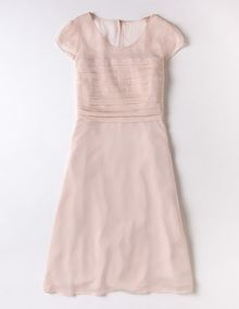 I've spotted this Evelina Dress Ballet Pink I really like this, though it's quite a pale shade/not quite coral. Pretty Dresses, Beautiful Dresses, Robes D'occasion, Dream Dress, Special Occasion Dresses, Dresses For Sale, Ideias Fashion, Lace Dress, Cool Outfits