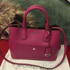 Michael kors large greenwich 100% authentic, smoke free, excellent condition, dustbag included Michael Kors Bags Satchels