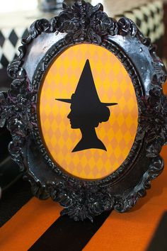 halloween decorating idea. Load cardstock into the printer and print right onto it.