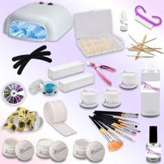 Il kit che vi arriverà comprende:  -1 lampada UV DA 36W + 4 bulbi da 9W ciascuno -100 pads  -100 cartine nail form   - 1 primer - 1 Gel UV base 15ml  - 1 Gel UV costruttore 15ml  - 1 Gel UV bianco 5ml  - 2 Gel UV uv colorati 5ml  - 1 Gel UV sigillante lucidante 5ml  - 1 cleaner 100ml - set pennelli  - 3 lime   - 2 buffer mattoncino  - 1 colla per tip 3g - 100 tips naturali  - 12 bastoncini in legno   - 1 glitter decorazioni  - 1 taglia tip  - 1 spazzolina - Guida dimostrativa Tecnica Gel UV