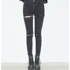 grunge • tumblr fashion • teen style • cute clothes • ripped black jeans
