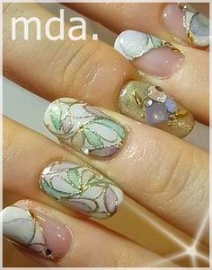 So pretty. Like stained glass Nails To Go, Glam Nails, Fabulous Nails, Gorgeous Nails, Botanic Nails, Fancy Hands, Professional Nail Art, Party Nails, Girls Nails