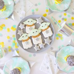 'Party like a Pineapple' Party Ideas + FREE printables 2nd Birthday Parties, Birthday Fun, Birthday Cakes, Summer Party Themes, Party Ideas, Festival Themed Party, Gymnastics Birthday, Clear Balloons, Cute Themes