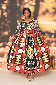 Deido Silk Maxi Dress at Diyanu Best African Dress Designs, Best African Dresses, Latest African Styles, African Attire, African Design, African Women, African Fashion, African Beauty, Simply Fashion