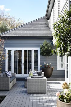 Austin Design Associates HG may 2016 Outside paint dulux Maraetai House Paint Exterior, Exterior House Colors, Exterior Paint Colors, Exterior Design, Paint Colours, Modern Exterior, Outdoor Rooms, Outdoor Living, Cottage Design