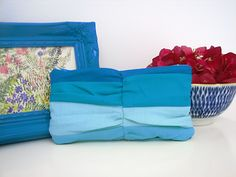 Summer Sewing ~ Eye Candy Clutch | Sew Mama Sew |