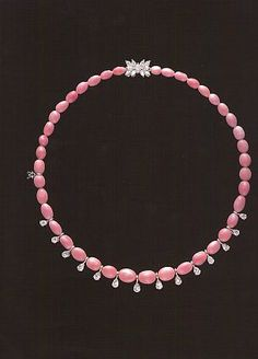 Mikimoto oval pink conch pearls and pear diamond necklace High Jewelry, Modern Jewelry, Pearl Jewelry, Jewelry Necklaces, Pearl Bracelets, Pearl Rings, Pearl Necklaces, Geek Jewelry, Jewellery