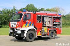 An die Feuerwehr Mechelen in Belgien lieferte Rosenbauer dieses TLF 2000 auf einem U 20.