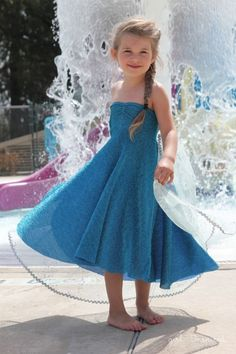 35+ DIY Disney Frozen Costumes & Dresses (Elsa, Anna, Olaf) - DIY for Life  Elsa Ice Queen