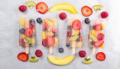 : Popsicles (also Eis am Stiel) sind in diesem Sommer Trend – natürlich selbstgemacht. Am besten mit erfrischendem Kokoswasser, das ist gesund und lecker zugleich