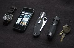 Spyderco Para 2  HDS Tactical Clicky (140 Lumens)  Seiko SKX007 on Zulu Dive Strap  Apple iPhone 4  Keys