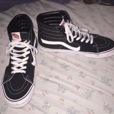 cde5adc974 Shop Women s Vans Black White size 11 Sneakers at a discounted price at  Poshmark. Size 11 in women and in men. High Top ...
