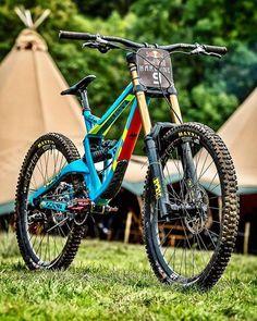 "3,874 Me gusta, 6 comentarios - BikeStable | Bike Media (@bikestable) en Instagram: ""@bragevestavik awesome GT Fury from Hardline!⚔️ Dope or Nope? Picture: @nathhughesphoto Help…"""