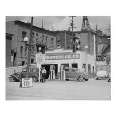 A gas station and auto repair shop in Butte, Montana. 1939.