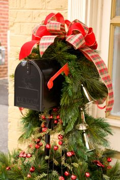 Christmas Mailbox Swag!..Easy with fresh Garland and a bow!
