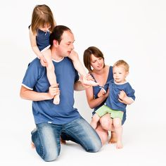 Nejen že vypadám jako máma a táta, ale mám i stejné oblečení. Oblečení pro rodiče i děti Tybopi. Akční nabídka.