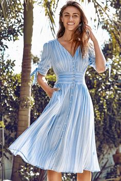 This Blue and White Stripe Print Buttoned Midi Dress is the sweetest dress yet. Modest Dresses, Blue Dresses, Casual Dresses, Fashion Dresses, Summer Dresses, V Neck Midi Dress, Dress Skirt, Midi Dresses Online, Haut Bikini