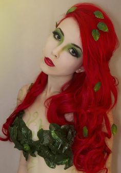 Poison Ivy by *Helen-Stifler maybe stick leaves on a green bodice for a less revealing look? Dc Cosplay, Best Cosplay, Cosplay Girls, Amazing Cosplay, Poison Ivy Cosplay, Poison Ivy Costumes, Halloween Cosplay, Halloween Makeup, Halloween Hair