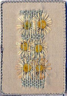 """"""" Glycines """" Format 64 x 89 mm fleurs de glycine séchées , fonds teinture végétale de coquelicot +fer """" c osses de... mystére et b..."""