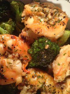 Oven Baked Shrimp Scampi over Roasted Broccoli