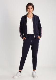 d943aaf8102b Commandez des vestes femme Taille 38 sur la boutique ▻Zalando ✓ Livraison  gratuite ✓ Large choix en ligne avec de nombreuses tendances mode !