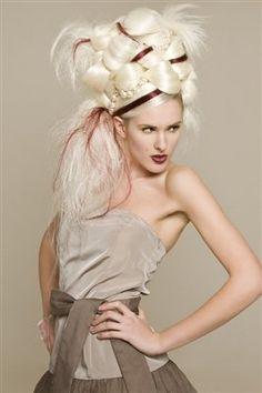 Love this Avant Garde Fashion! Absolutely amazing! #avantgarde